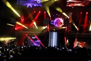 Show misturou sucessos de Luan com hits de outros estilos e artistas (foto: Rosa Marcondes)