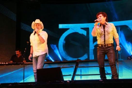 Chitãozinho & Xororó se apresentam pela primeira vez no CTN (foto: Rosa Marcondes)
