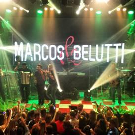 Marcos e Belutti em show na Wood's SP